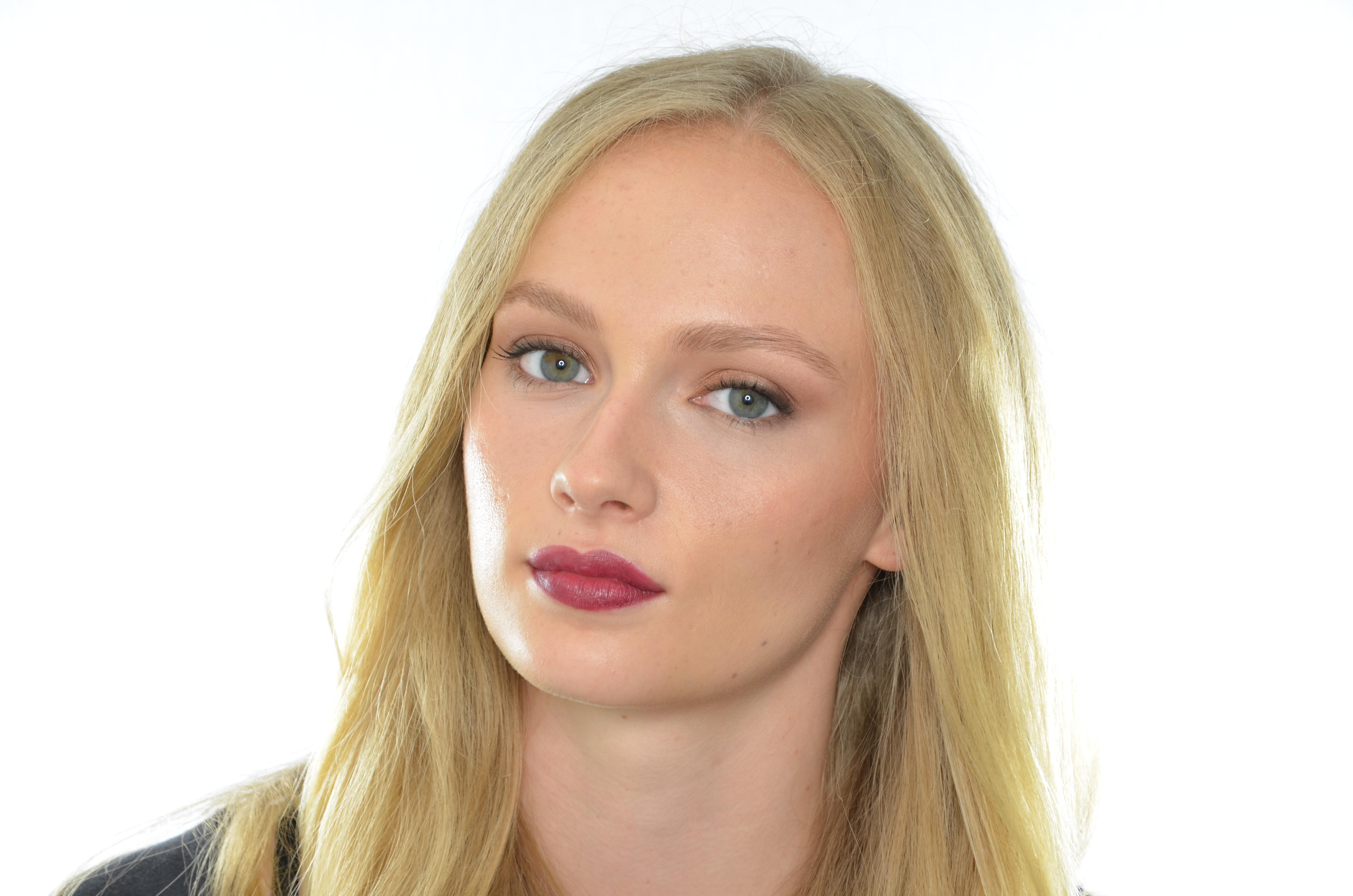 burgundy lips #1